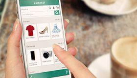 Online shopping met smartphone